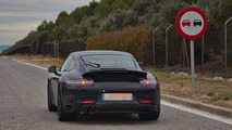 2015 Porsche 911 facelift spy photo