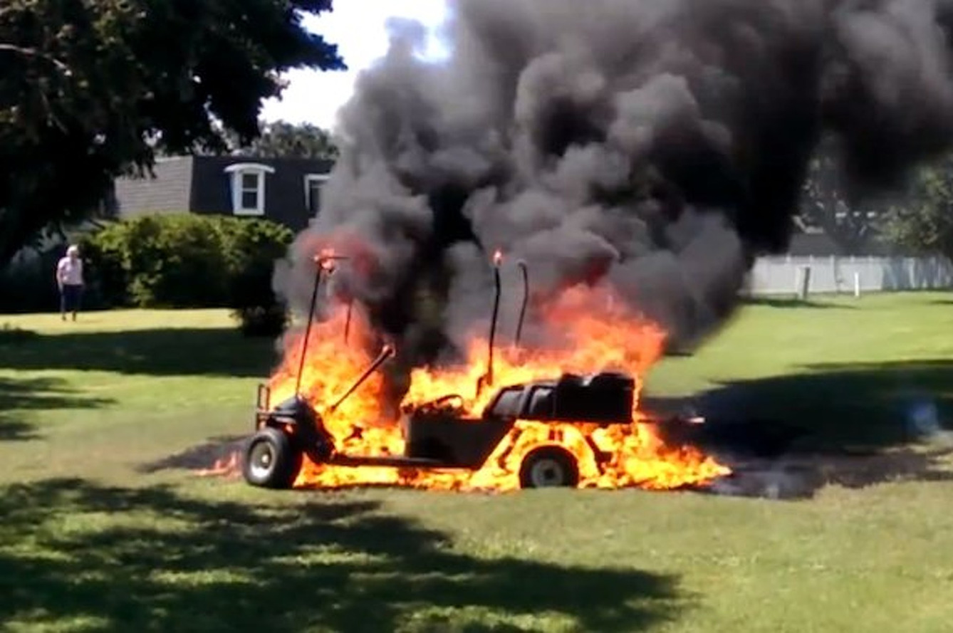 Watch this Golf Cart Go up in Flames [video]
