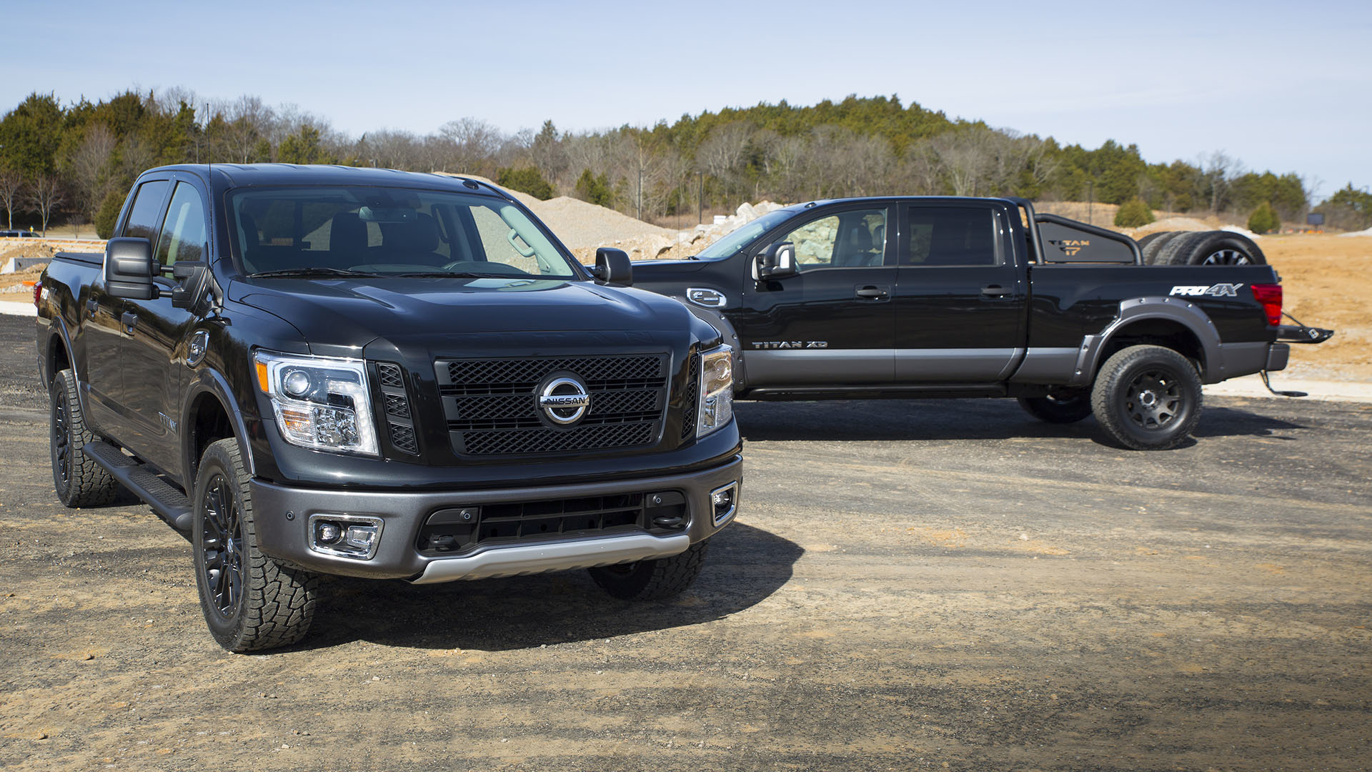 2017 nissan titan titan xd concepts show range of dealer accessories. Black Bedroom Furniture Sets. Home Design Ideas