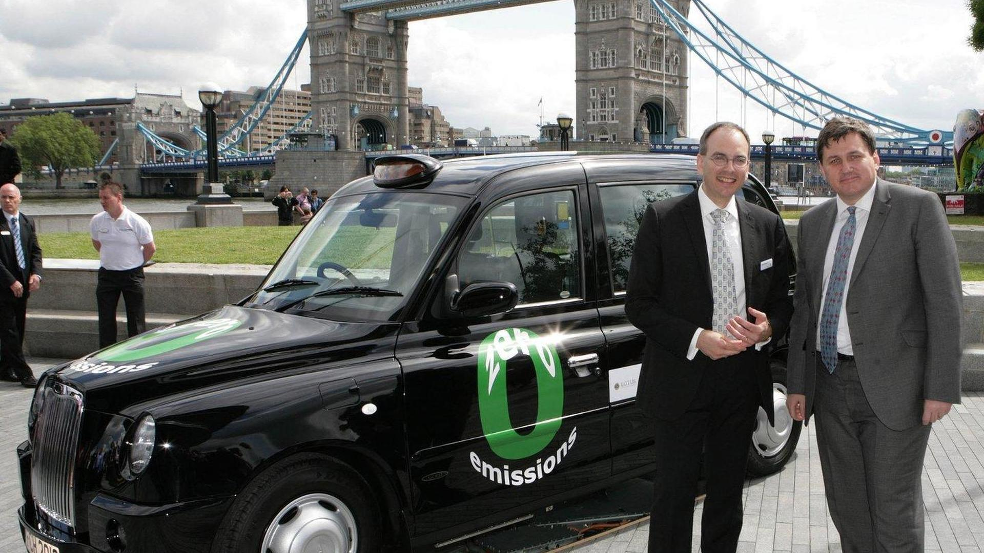Hydrogen powered London taxi ready for launch in 2012