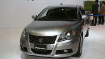 2010 Suzuki Kizashi Sedan Launched in Japan