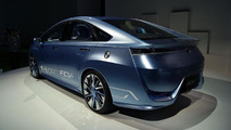 Toyota fuel cell vehicle to debut in Tokyo - report