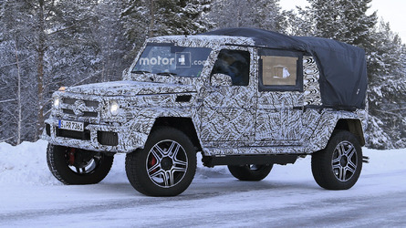 2018 Mercedes G-Class 4x4² spied as double cab pickup?