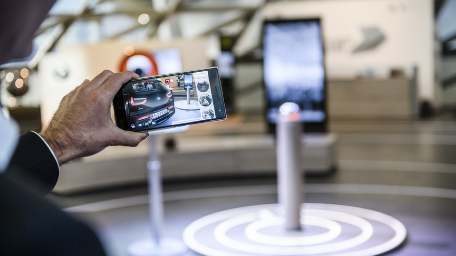 BMW introduces 3D augmented reality car visualizer