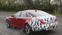 2015 Jaguar XJ facelift spy photo 04.11.2013