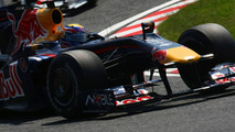 Webber to miss qualifying after crash