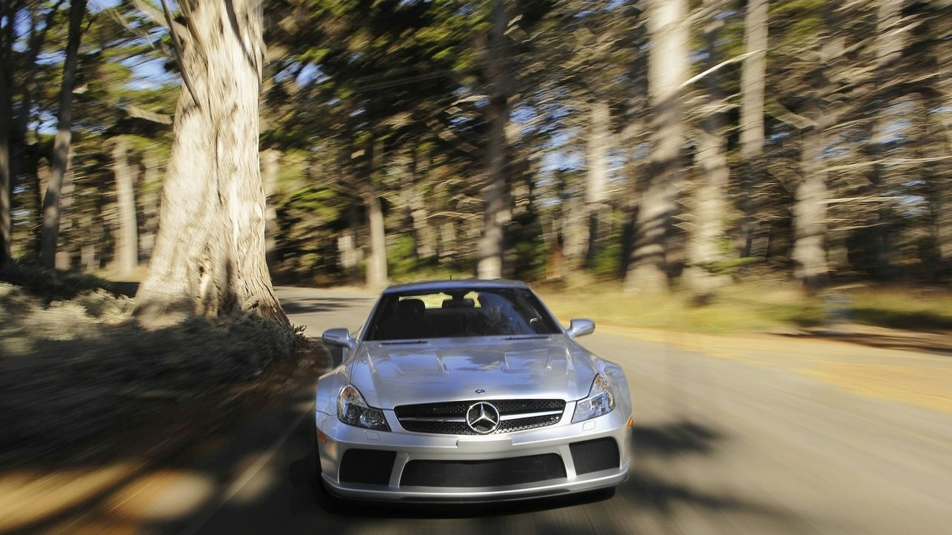Mercedes SL 65 AMG Black Series on Video