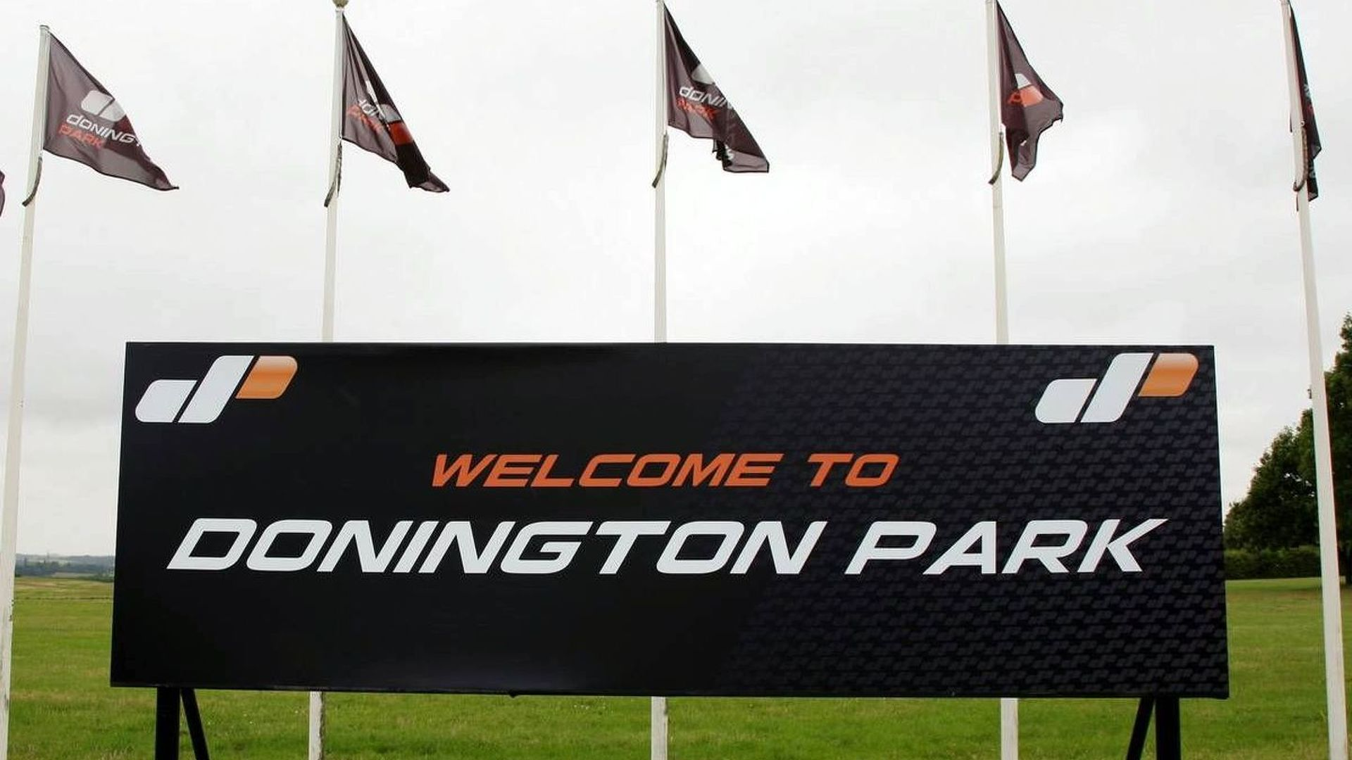 Donington confirms funding scheme failed