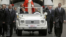 Pope to get new Mercedes M-Class hybrid - report