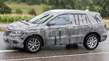 Second generation Renault Koleos spied on a rainy day