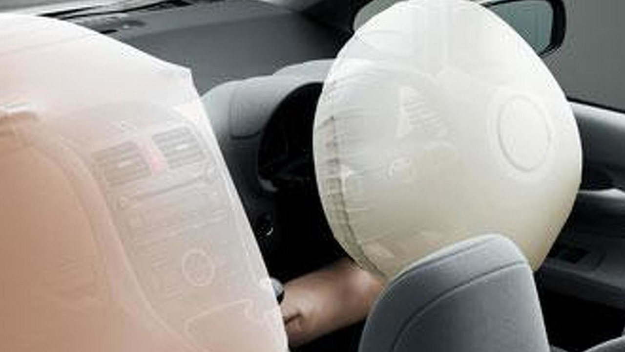 Toyota Corolla front and passenger airbags deployed