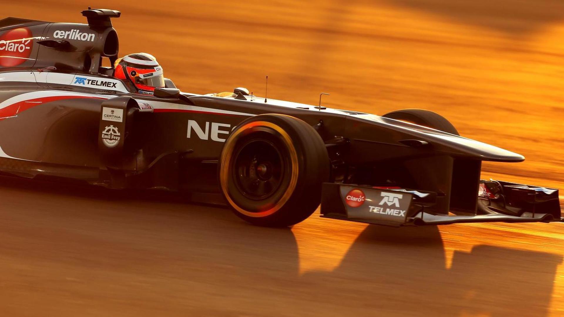 Hulkenberg 'not paid a penny' - Vettel