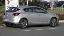 2013 Opel \ Vauxhall Astra facelift spy photo 19.3.2012