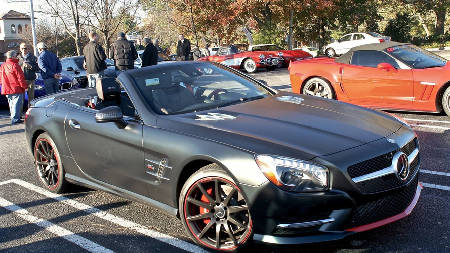 Mercedes-Benz SL 550 Mille Miglia 417 Edition stands out from the crowd
