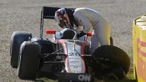Magnussen 'surprised' after Melbourne crash