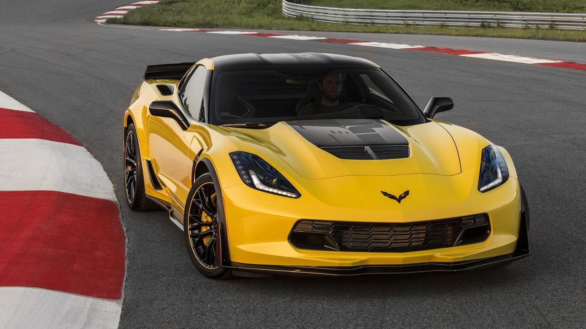 Chevrolet unveils 2016 Corvette Z06 C7.R Edition with hardware upgrades