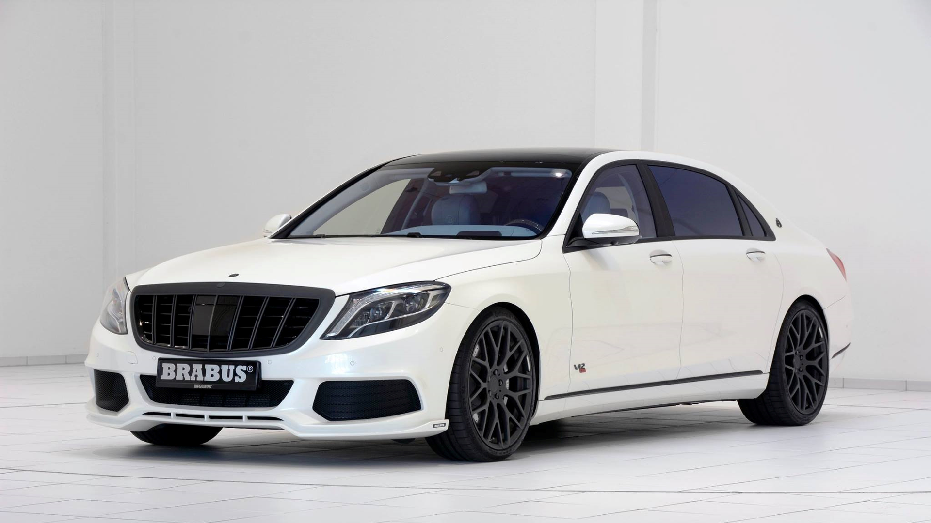 900 hp brabus maybach s600 shown in white with blue leather lovely. Black Bedroom Furniture Sets. Home Design Ideas