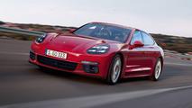 2017 Porsche Panamera render