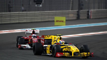 Fans disliked Petrov comments - Alonso