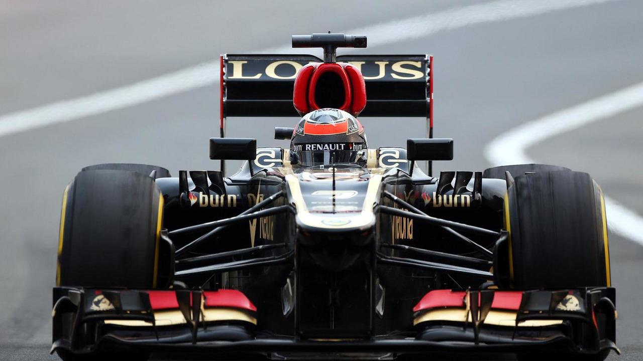 Kimi Raikkonen with worn Pirelli tyres 25.10.2013 Indian Grand Prix
