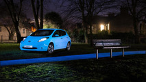 Nissan shows off its glow-in-the-dark paint [video]