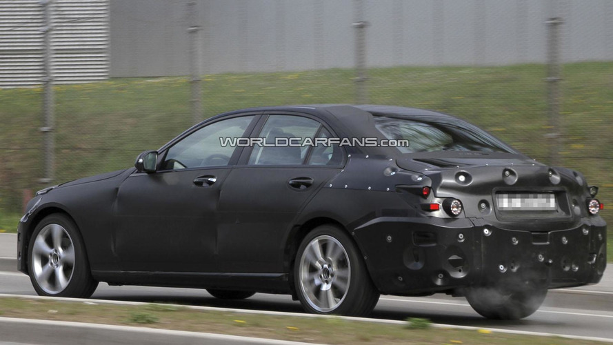2014 Mercedes C-Class spied yet again