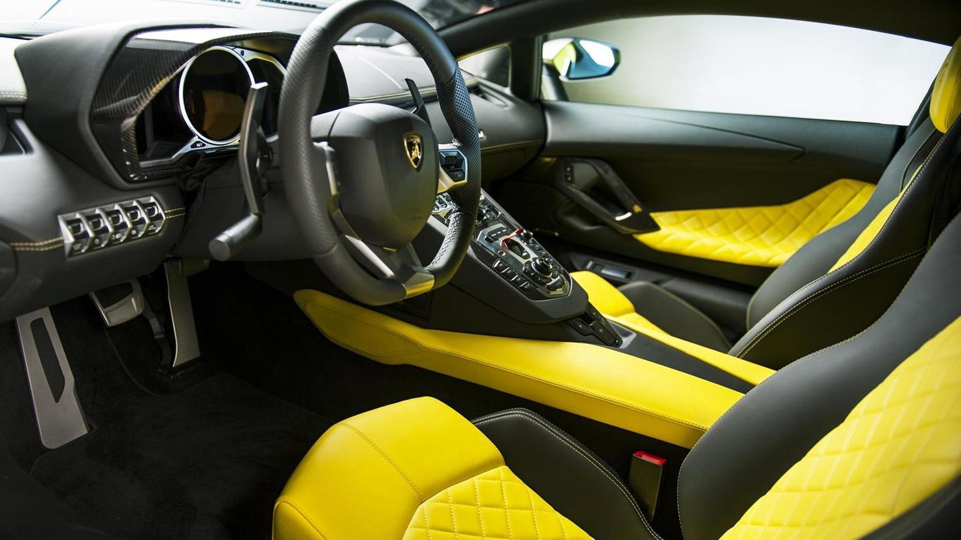 Lamborghini Aventador LP 720-4 50° Anniversario unveiled in Shanghai [video]