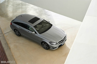 Mercedes-Benz CLS63 AMG Shooting Brake vs. Audi S6 Avant