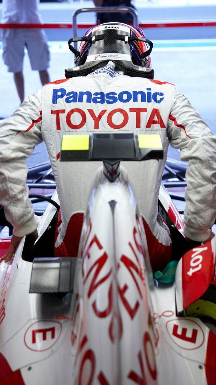 Kamui Kobayashi (JAP), Toyota F1 Team, Abu Dhabi Grand Prix, Friday Practice, 30.10.2009 Abu Dhabi, United Arab Emirates