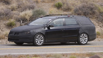 2012 Volkswagen Passat Variant spied hot weather testing