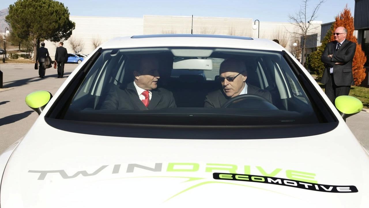 Seat Leon Twin Drive EV Prototype