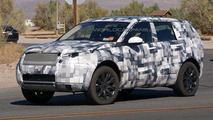 Land Rover Discovery Sport spied testing in United States