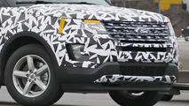 2016 Ford Explorer facelift spy photo