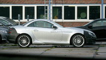 Mercedes SLK Facelift Keeps its F1 Nose