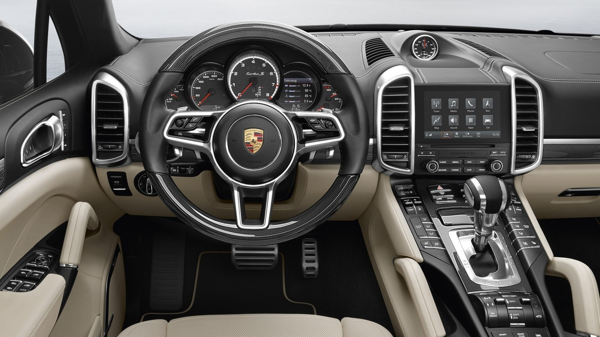 Porsche Cayenne gets latest 7-inch PCM infotainment