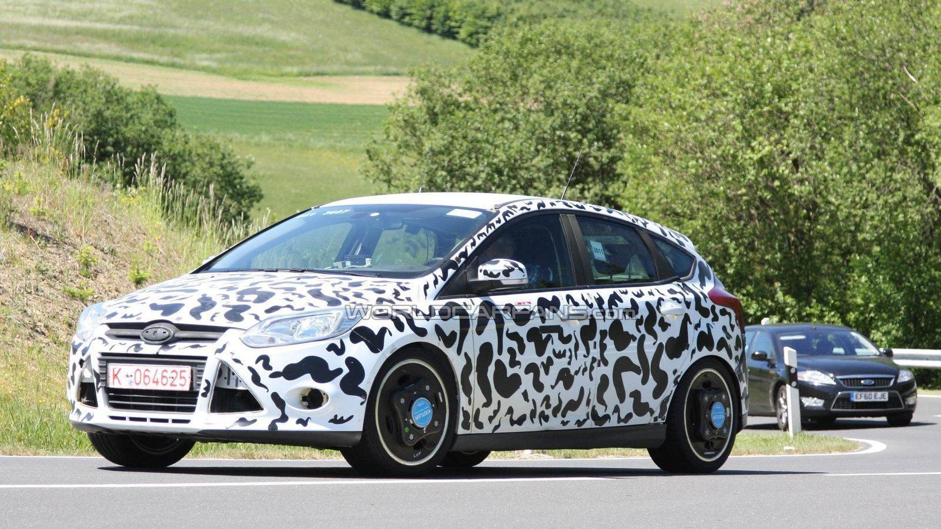 2012 Ford Focus ST prototype spied on the ring