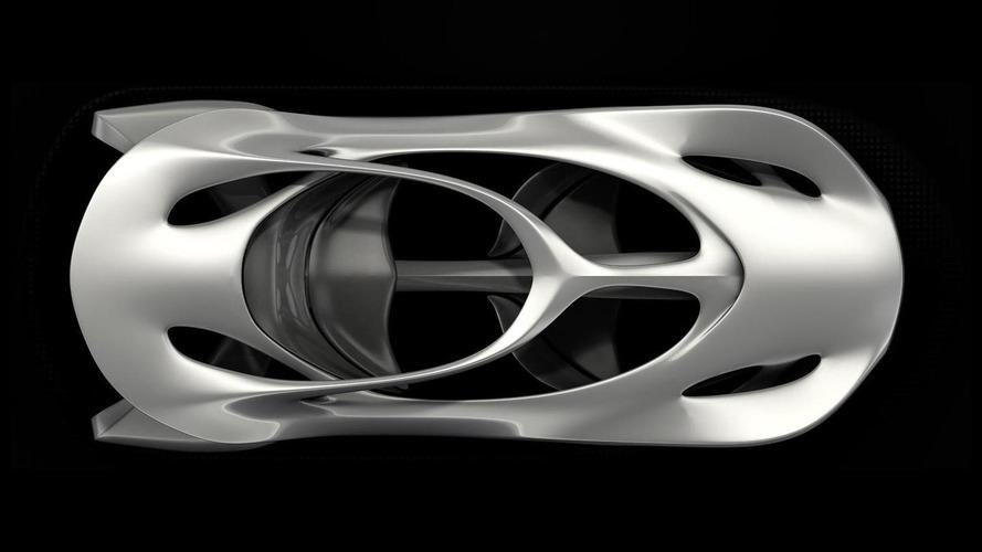 Mercedes unveils Aesthetics 125 sculpture to commemorate inventing the automobile