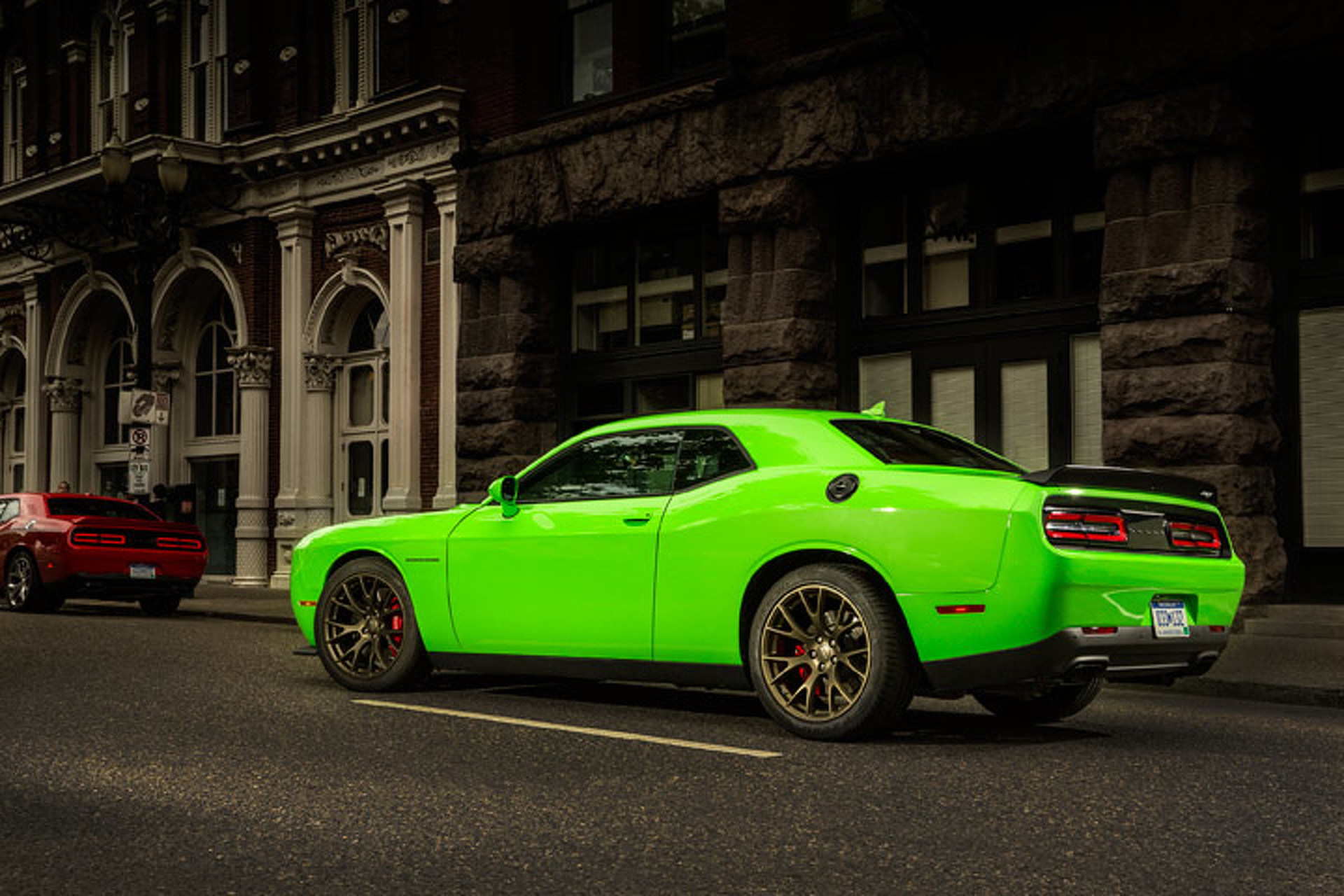 707HP Dodge Challenger Hellcat Nets Surprising 22 MPG