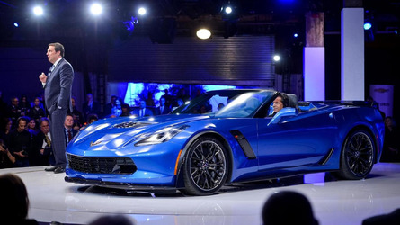 2015 Corvette Z06 Convertible goes topless in New York