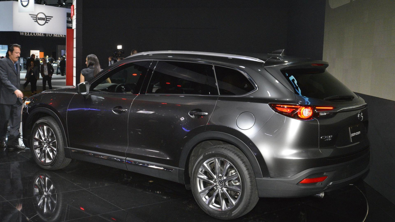 2017 mazda cx 9 unveiled with a new turbocharged engine. Black Bedroom Furniture Sets. Home Design Ideas