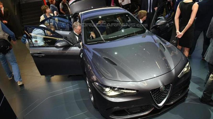 307 km/h Alfa Romeo Giulia Quadrifoglio live from IAA; lapped 'Ring in 7:39