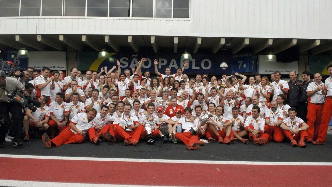 2006-2007 Ferrari team photo