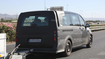 2014 Mercedes Viano spy photo 01.8.2013