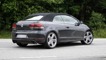 Volkswagen Golf R Cabrio spied for first time