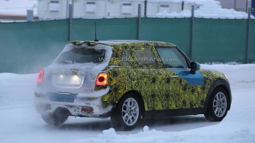 2015 MINI Cooper five-door spied in Scandinavia
