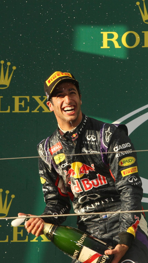 Ricciardo hopes to win back Melbourne podium