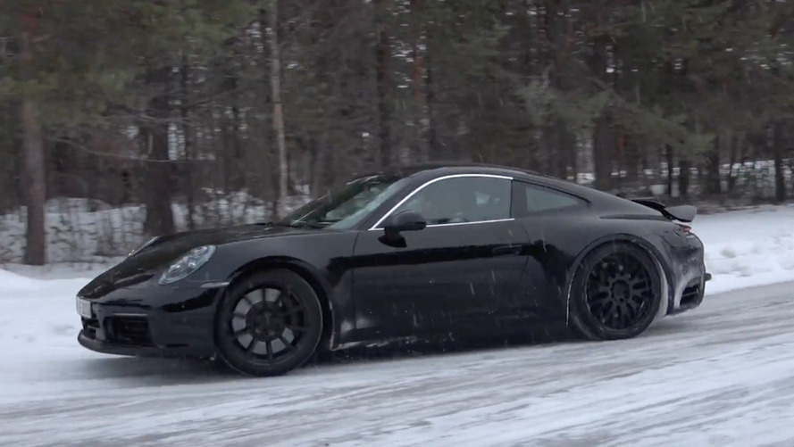Watch the 2019 Porsche 911 prototype play in the snow
