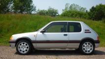 Une Peugeot 205 GTI vendue à prix record !