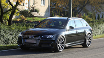 Audi RS4 Avant spy photo