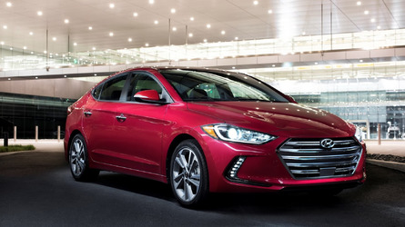 2017 Hyundai Elantra starts at $17,150, undercuts 2016MY by $100